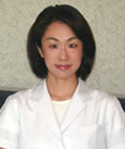 歯科医師 小泉 美緒